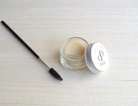 Mascara incolore et nourrissant