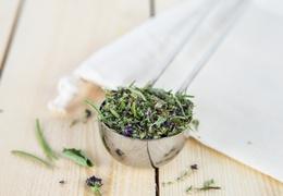 Mélange d'aromates bio & local
