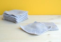 Carré de coton démaquillant gris