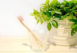 Brosse à dent en bambou enfant - poils souples roses