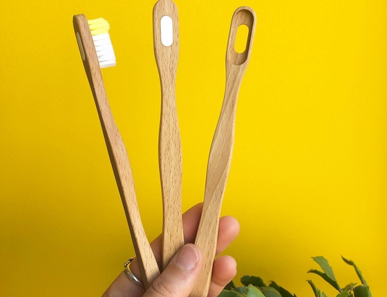 Manche de brosse à dents en bois Tête à Clac