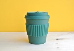 Tasse à café réutilisable en bambou coloris vert 235ml