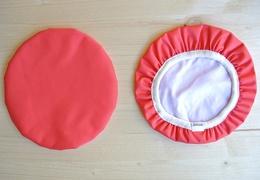 Couvre-plat 20 cm en tissu ciré rouge