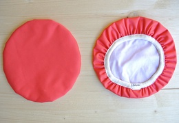 Couvre-plat 20 cm en tissu ciré magenta