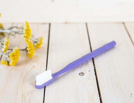Brosse à dent à tête rechargeable violette - poils souples