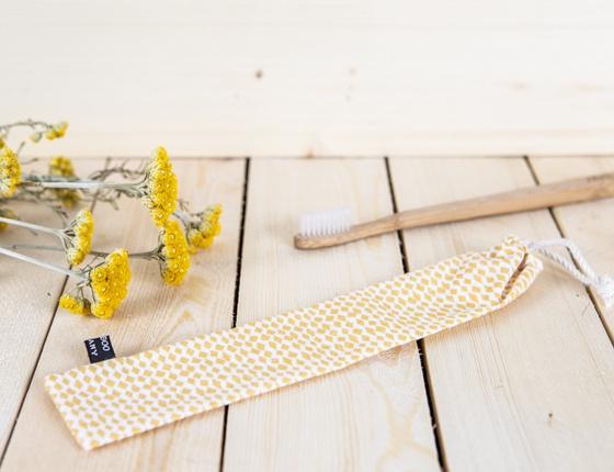 Pochette en tissu pour brosse à dents