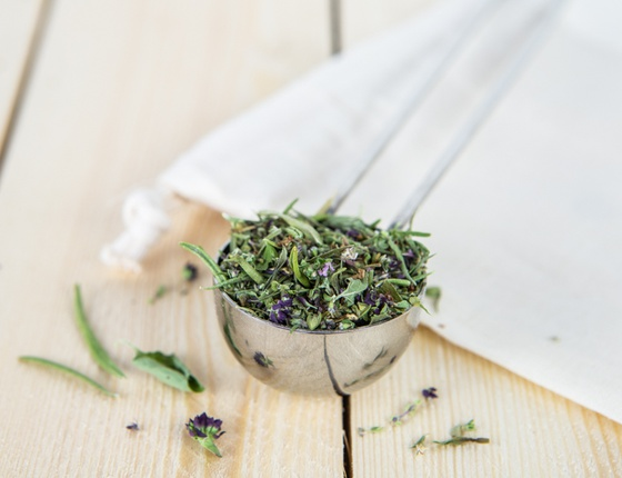 Mélange d'aromates bio & locales